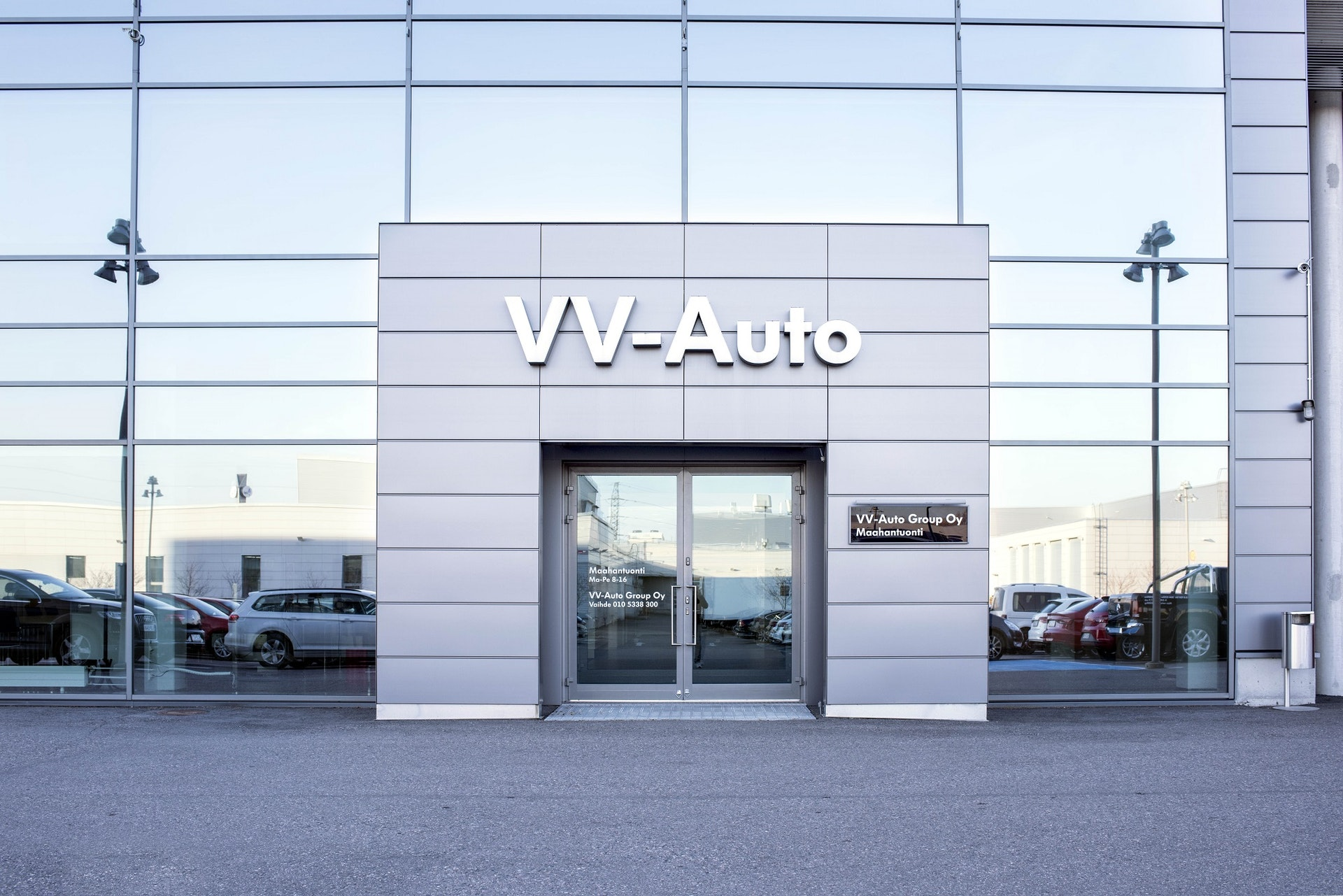 Banner VV-Auto Group Oy